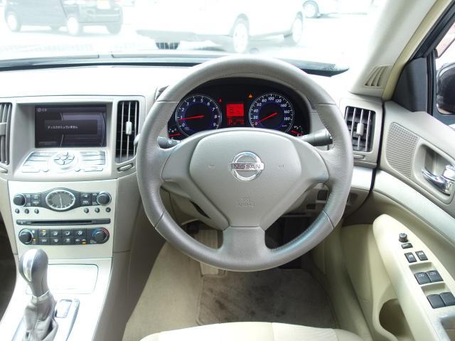 250GT 禁煙車 純正CDオーディオ CD再生 AUX接続 スマートキー ETC ハーフレザーシート パワーシート オートエアコン オートライト HIDヘッドライト 純正17インチアルミ(14枚目)