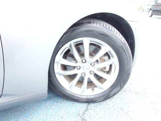 250GT 禁煙車 純正CDオーディオ CD再生 AUX接続 スマートキー ETC ハーフレザーシート パワーシート オートエアコン オートライト HIDヘッドライト 純正17インチアルミ(23枚目)