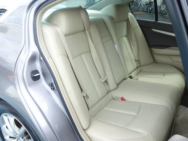 250GT 禁煙車 純正CDオーディオ CD再生 AUX接続 スマートキー ETC ハーフレザーシート パワーシート オートエアコン オートライト HIDヘッドライト 純正17インチアルミ(46枚目)