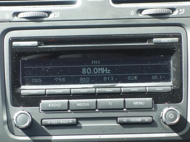 TSIトレンドラインプレミアムエディション 禁煙車 純正CDオーディオ AUX接続 キーレス ETC オートライト サイドバイザー Wエアバッグ ABS コーナーポール 純正15インチアルミ(40枚目)