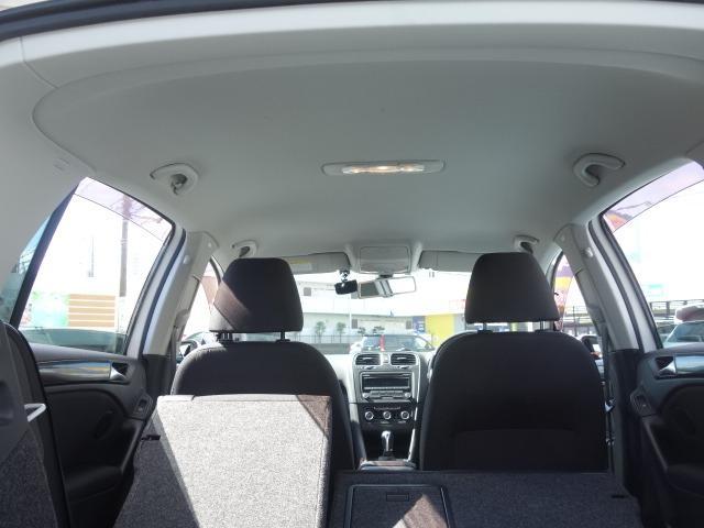 TSIトレンドラインプレミアムエディション 禁煙車 純正CDオーディオ AUX接続 キーレス ETC オートライト サイドバイザー Wエアバッグ ABS コーナーポール 純正15インチアルミ(50枚目)