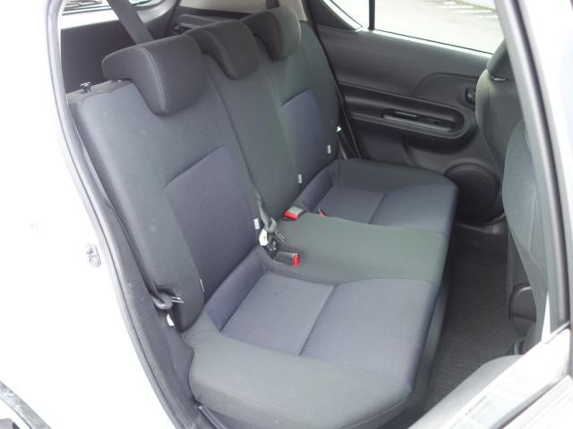 S 禁煙車 社外CDデッキ キーレス ETC オートエアコン サイドバイザー Wエアバッグ ABS AUX接続(14枚目)