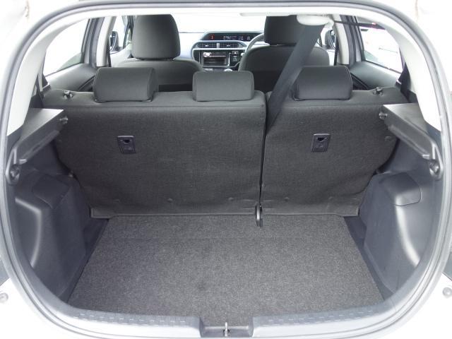 S 禁煙車 社外CDデッキ キーレス ETC オートエアコン サイドバイザー Wエアバッグ ABS AUX接続(17枚目)