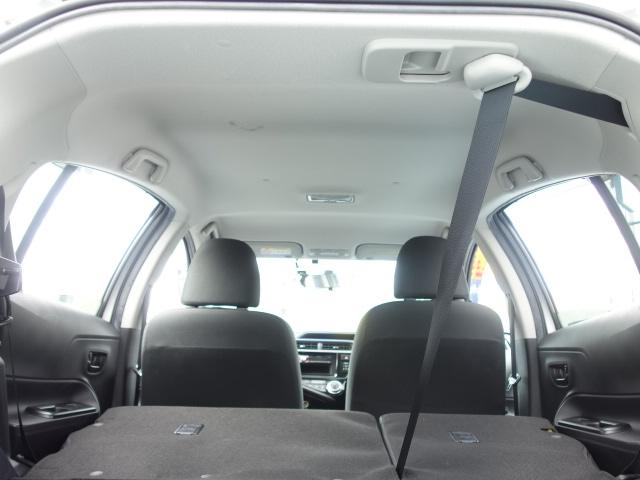 S 禁煙車 社外CDデッキ キーレス ETC オートエアコン サイドバイザー Wエアバッグ ABS AUX接続(18枚目)