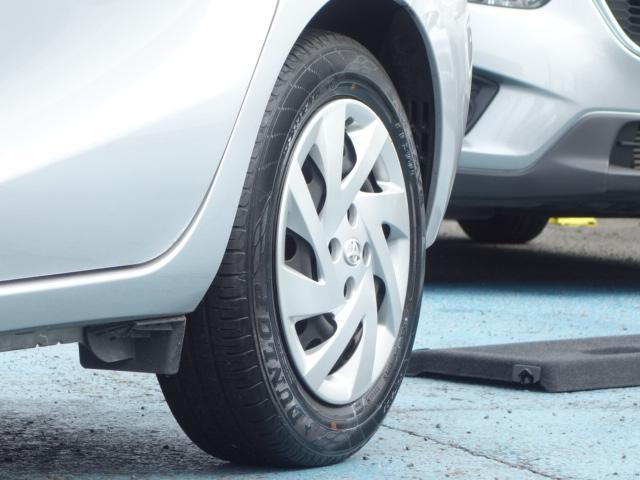 S 禁煙車 社外CDデッキ キーレス ETC オートエアコン サイドバイザー Wエアバッグ ABS AUX接続(22枚目)