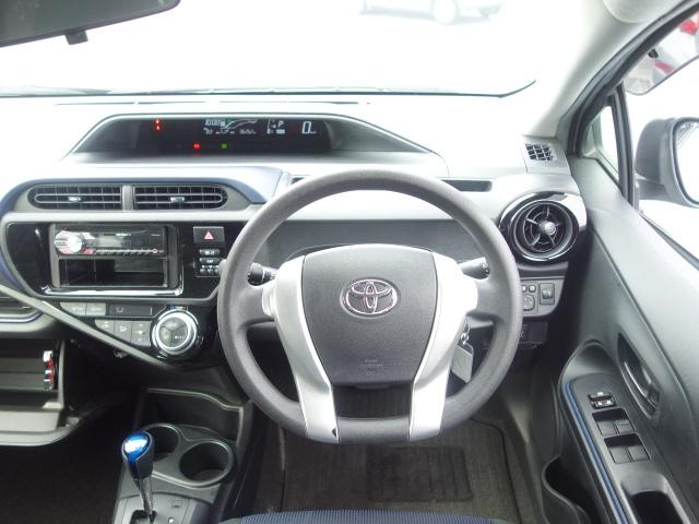 S 禁煙車 社外CDデッキ キーレス ETC オートエアコン サイドバイザー Wエアバッグ ABS AUX接続(37枚目)