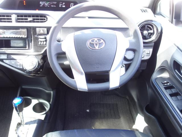 S 禁煙車 社外CDデッキ AUX接続 キーレス オートエアコン サイドバイザー Wエアバッグ ABS(43枚目)