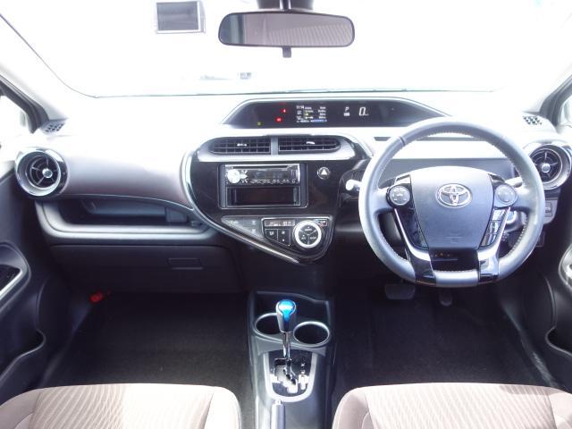 G 禁煙車 社外CDデッキ スマートキー ETC クルーズコントロール ブレーキアシスト レーンキーピング サイドバイザー オートエアコン オートライト Wエアバック ABS(10枚目)