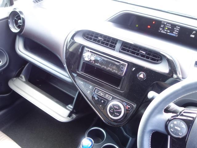 G 禁煙車 社外CDデッキ スマートキー ETC クルーズコントロール ブレーキアシスト レーンキーピング サイドバイザー オートエアコン オートライト Wエアバック ABS(40枚目)