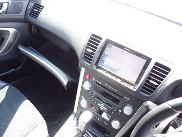 2.5i アーバンセレクション ハーフレザーシート 禁煙車 純正HDDナビ CD・DVD再生 録音機能 フルセグTV スマートキー ETC パドルシフト パワーシート 純正17インチアルミ HIDヘッドライト オートエアコン(13枚目)