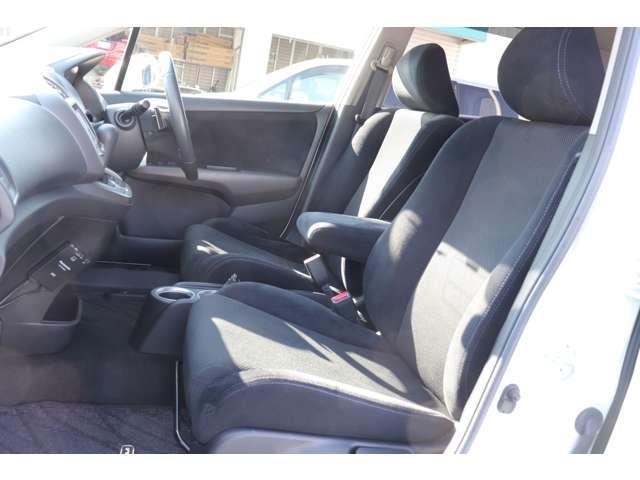 座り心地の良い運転席で長距離運転も疲れにくい。