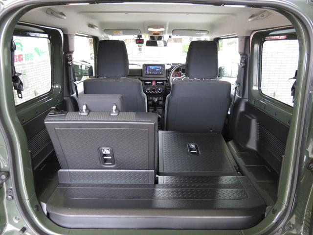 ★乗車人数や荷物の量に合わせたアレンジ可能なラゲッジスペース兼セカンドシート★