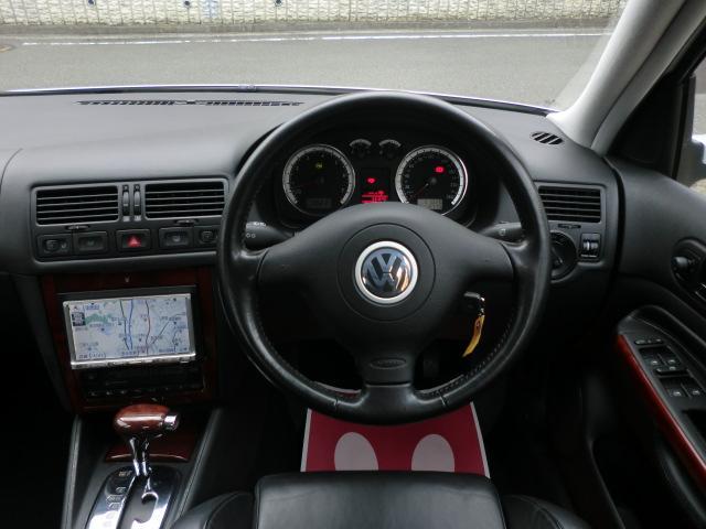 フォルクスワーゲン VW ボーラ V5 Panasonic製DVDナビ