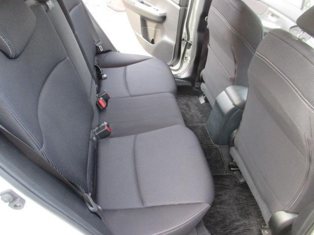 1.6i-L 4WD ワンオーナー ナビTV 禁煙車(7枚目)