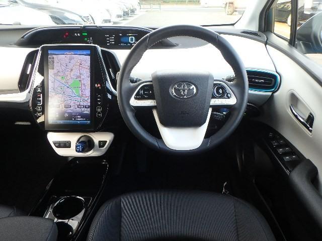 トヨタ プリウスPHV Sナビパッケージ セーフティセンスP 11.6インチSDナビ