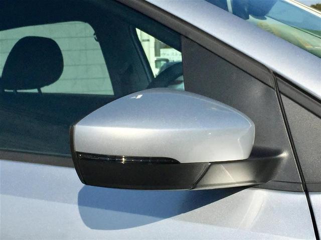 フォルクスワーゲン VW ポロ クロスポロ ワンオーナー メモリーナビ バックカメラ ETC