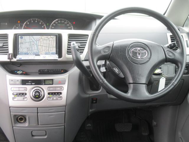 トヨタ ヴォクシー Z後期型HIDエアロ両側PスラHDDナビTVフリップMBモニ