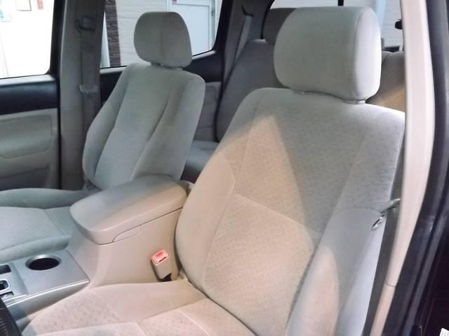 米国トヨタ タコマ ダブルキャブ SR5 4WD トノカバー HDDナビ