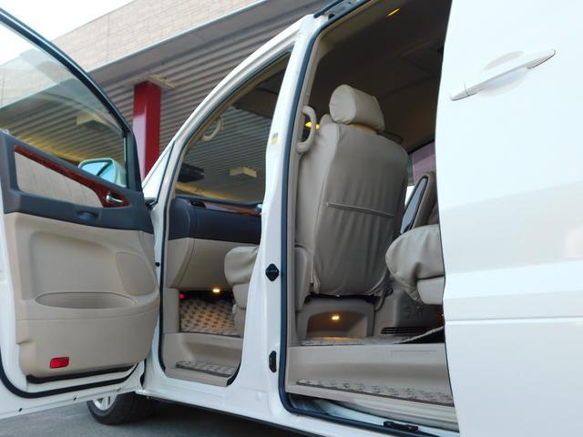 AX Lエディション ユーザー買取車 コーナーセンサー 回転対座シート シートカバー フリップダウンモニター 社外ルームランプ 純正ナビ テレビチューナー 純正18インチAW ETC(28枚目)