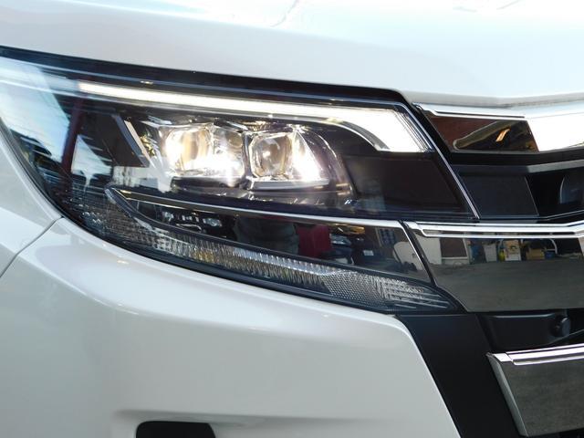 Si ワンオーナー ユーザー買取車 パールホワイト 走行16000km トヨタセーフティー オートエアコン スタットレスタイヤ&ホイール車載 8インチナビ ビルトインETC 純正16インチAW バックカメラ(25枚目)