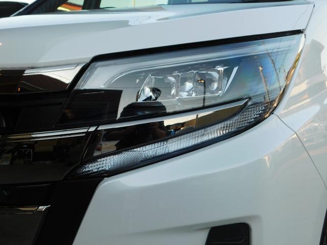 Si ワンオーナー ユーザー買取車 パールホワイト 走行16000km トヨタセーフティー オートエアコン スタットレスタイヤ&ホイール車載 8インチナビ ビルトインETC 純正16インチAW バックカメラ(47枚目)