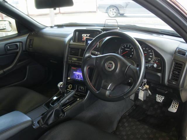 日産 スカイライン GT-R VスペックII