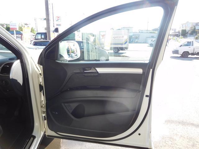 「アウディ」「アウディ Q7」「SUV・クロカン」「千葉県」の中古車54