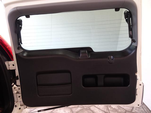 iL-D 禁煙車 サンルーフ 本革シート ナビBカメラ シートヒーター クールボックス HID ETC フォグランプ 純正アルミ 記録簿 4WD(41枚目)
