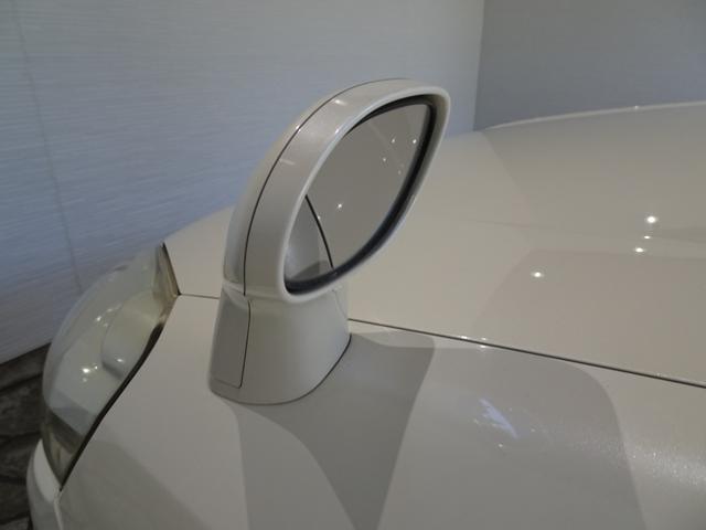iL-D 禁煙車 サンルーフ 本革シート ナビBカメラ シートヒーター クールボックス HID ETC フォグランプ 純正アルミ 記録簿 4WD(63枚目)