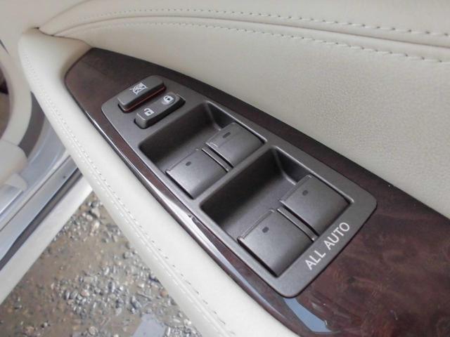 平成18年式 レクサス LS460 入庫しました。 株式会社カーコレは【Total Car Life Support】をご提供してまいります。http://www.carkore.jp/