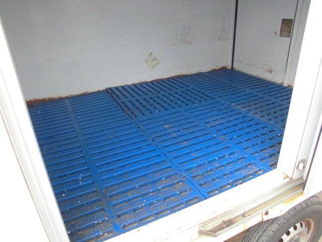 冷蔵冷凍車 -5℃設定 5速MT 2WD タイベル交換済(18枚目)