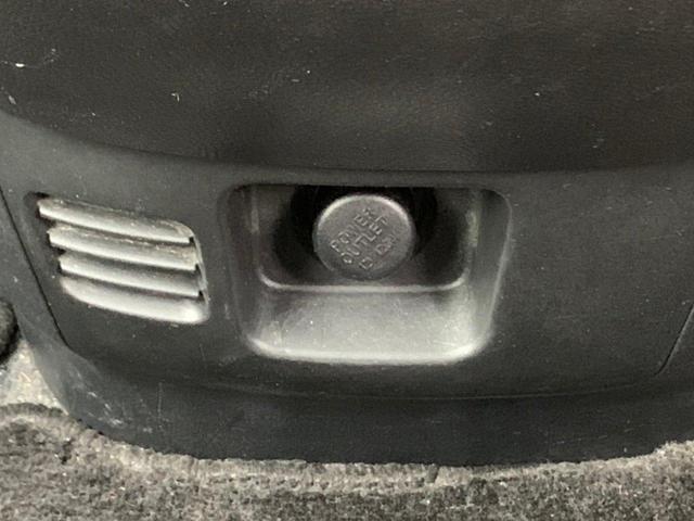 ハイウェイスター Vセレクション 4WD 両側パワースライドドア ETC スマートキー ナビ 地デジ バックカメラ フリップダウンモニター 純正15インチAW ミュージックサーバー CD DVD再生 純正エアロ タイミングチェーン(27枚目)