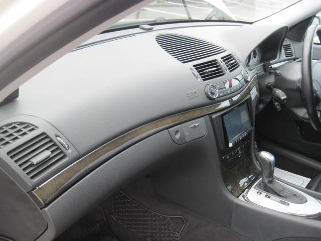 メルセデス・ベンツ M・ベンツ E320 アバンギャルド HDDナビ サンルーフ 革シート