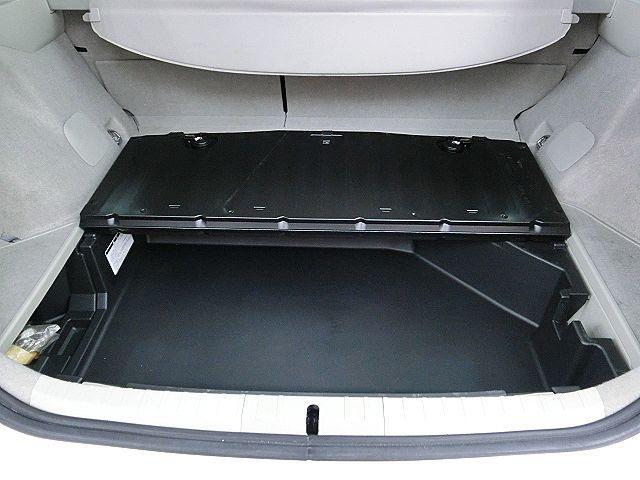 トヨタ プリウス Sツーリングセレクション 法人1オーナ 純正ナビ LED