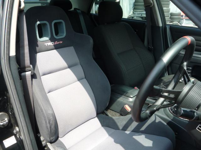 RS200 リミテッドII 6速マニュアル HKSマフラー TRDシート 社外足廻り 17インチアルミ HDDナビ地デジTV キセノンライト MOMOステアリング(4枚目)
