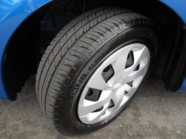 タイヤ残溝は6分山も残っています!