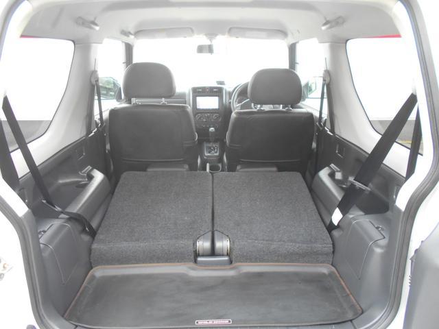 ワンオーナー禁煙/ナビ/ETC/4WD/シートヒーター/レザーシート/社外マフラー/ドアミラーヒーター/1年保証(11枚目)