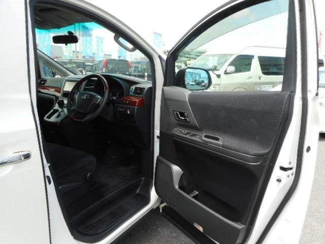 トヨタ ヴェルファイア 2.4Z プラチナセレクションII 後席モニタ 両側自動ドア