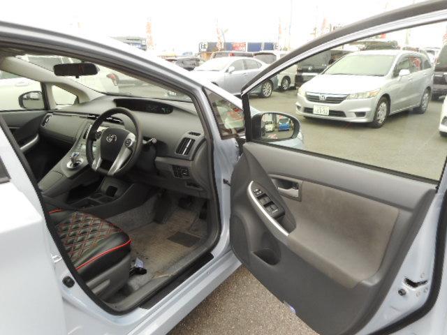 トヨタ プリウス Sツーリングセレクション 純正HDDナビ LEDヘッドライト