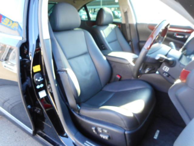 レクサス LS LS460バージョンSIPKG黒革サンルーフマークレビンソン