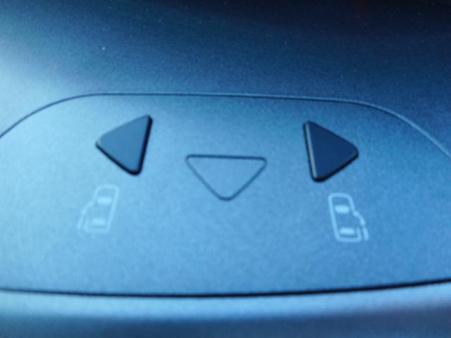 トヨタ ヴォクシー X Vエディション DVDナビ三方向カメラ両側自動HID禁煙