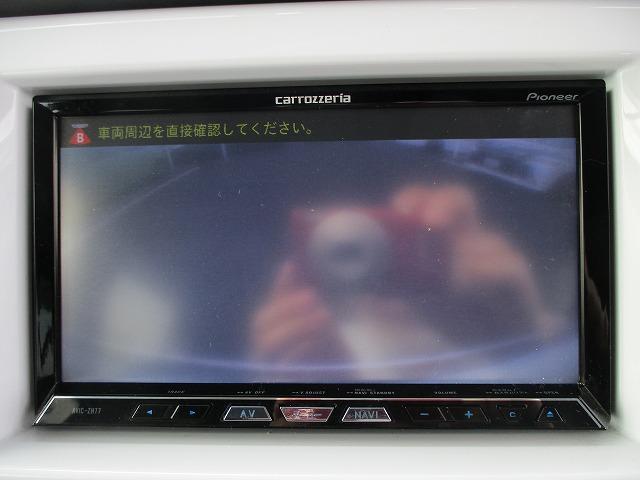 Xターボ 衝突軽減装置 SDナビ 禁煙車 ルーフレール 4WD DVD再生 CD ETC バックカメラ スマートキー Pスタート HIDライト オートライト BTオーディオ MSV USB端子 15インチアルミ(5枚目)