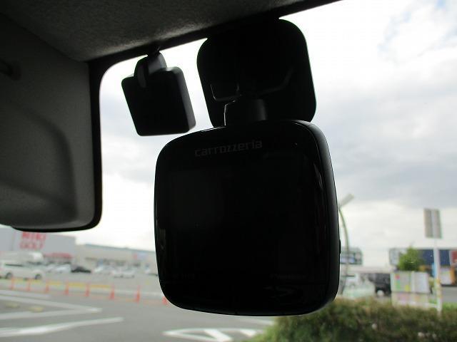 Xターボ 衝突軽減装置 SDナビ 禁煙車 ルーフレール 4WD DVD再生 CD ETC バックカメラ スマートキー Pスタート HIDライト オートライト BTオーディオ MSV USB端子 15インチアルミ(6枚目)