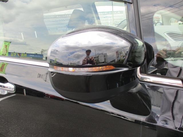 ハイブリッドアブソルート・ホンダセンシングEXパック 衝突軽減装置 純正SDナビ 後席モニター ハーフレザー 両側電動スライド 全方位カメラ ハーフレザー BTオーディオ 10エアバkック レーダークルーズ オットマンシート フルエアロ ETC BSM(38枚目)