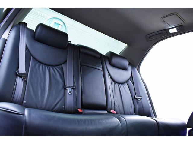 eR仕様 後期モデル・黒革・サンルーフ・LOWSTYLE・20inクラブリネアL566アルミホイール・メッキピラー・クルコン・メモリーパワーシート・シートヒーター純正ナビ・バックモニター(21枚目)