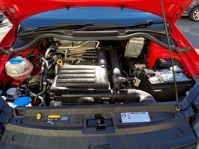 TSIコンフォートライン 正規ディーラー車 ブレーキアシスト 純正SDナビ フルセグ ステアリングスイッチ 純正15インチアルミホイール ETC(27枚目)