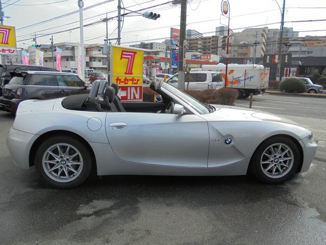 BMW BMW Z4 ロードスター2.5i 純正オーディオ 買取車