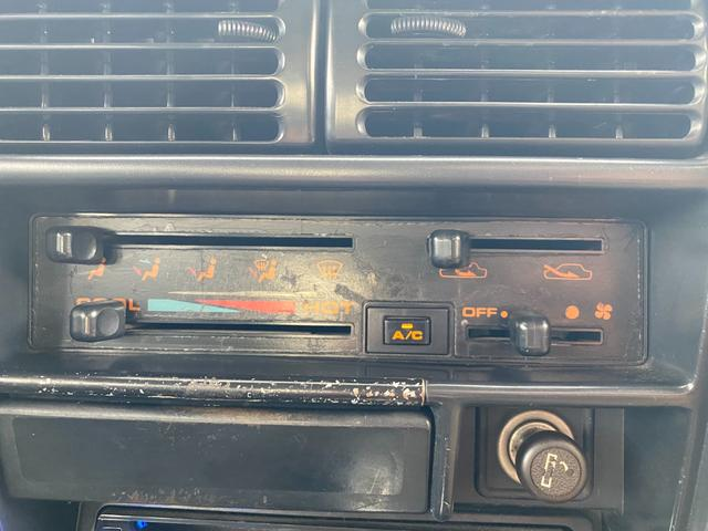 HC 3型 2インチリフトアップ(シャックル・ショック交換) パワステ エアコン シートカバー セカンドシートスライドレール(APIO) 社外マフラー 社外16インチAW 社外テール 社外ステアリング(10枚目)