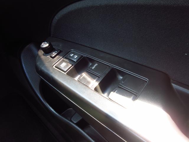 RS 5速マニュアル車 スマートキー 革ハンドル 純正16AW HIDライト フォグライト(55枚目)