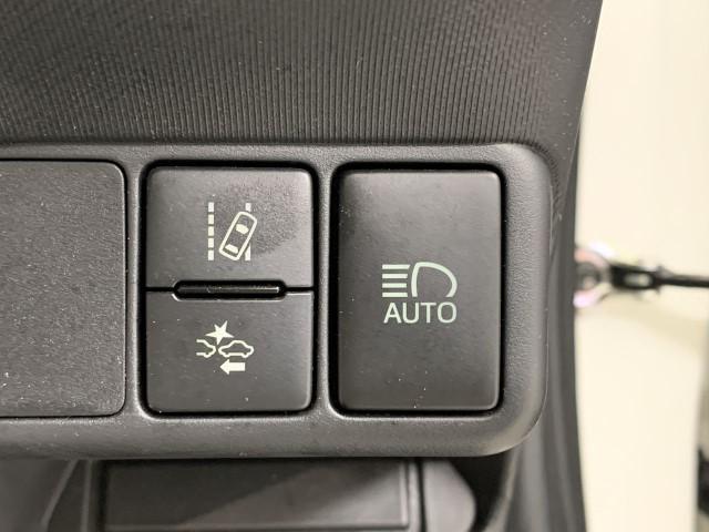 G G's ワンオーナー スマートキー メモリーナビ ETC LEDヘッドランプ 衝突軽減ブレーキ フルセグTV 除菌加工(8枚目)